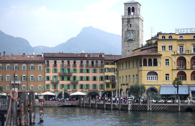 Gardasee riva6 berge for Wellnesshotel deutschland designhotels