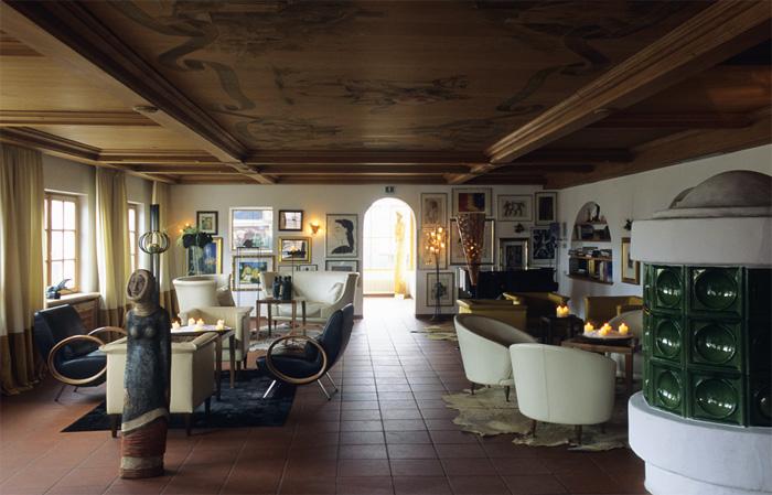 romantik hotel turm in v ls das juwel am fusse des schlern. Black Bedroom Furniture Sets. Home Design Ideas