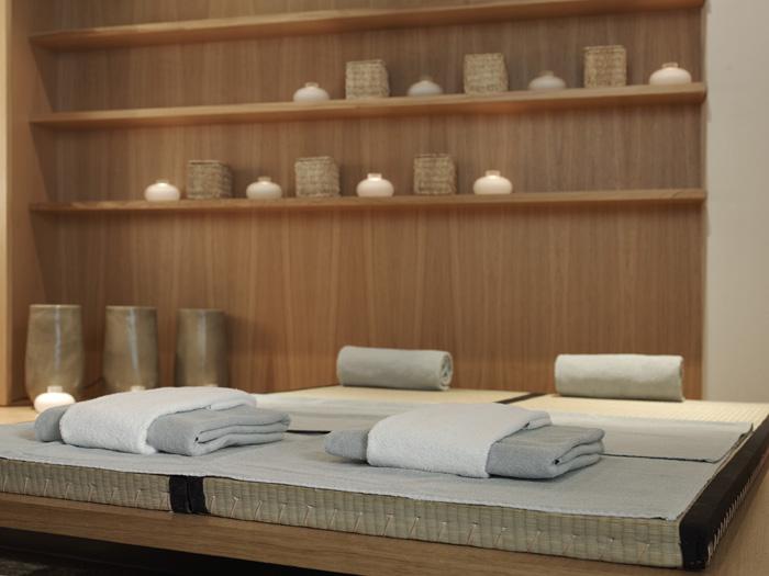 schwarzer adler kitzb hel tradition trifft moderne berge. Black Bedroom Furniture Sets. Home Design Ideas