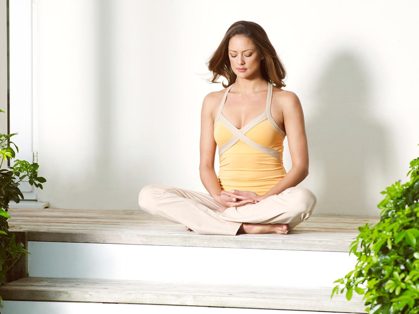 Yoga 2 0 in den bergen und auf offener see for Designhotel yoga
