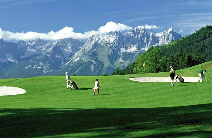 Kitzbuehel golf eichenheim berge for Wellnesshotel deutschland designhotels